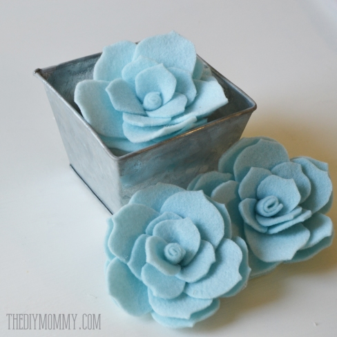 DIY-Felt-Succulents-by-The-DIY-Mommy-2.jpg